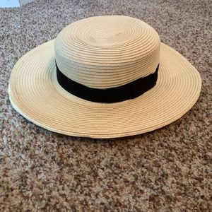 Urban Outfitters sun hat